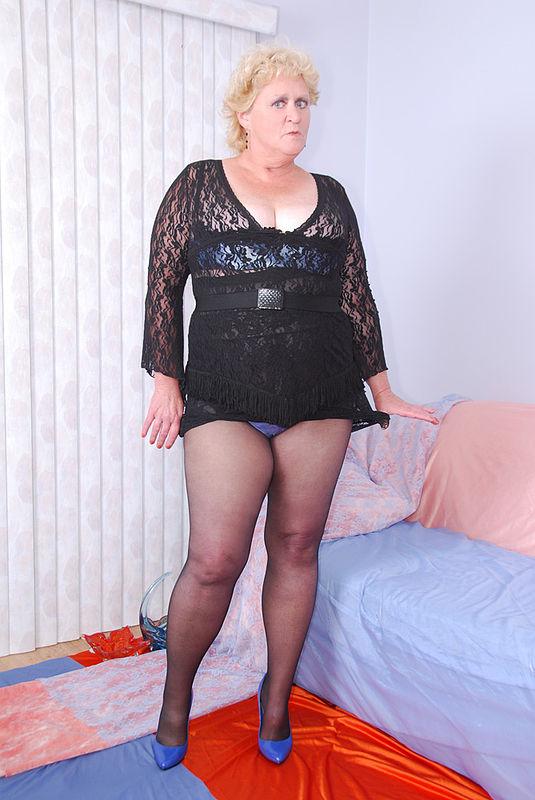 Fanny Mature 66