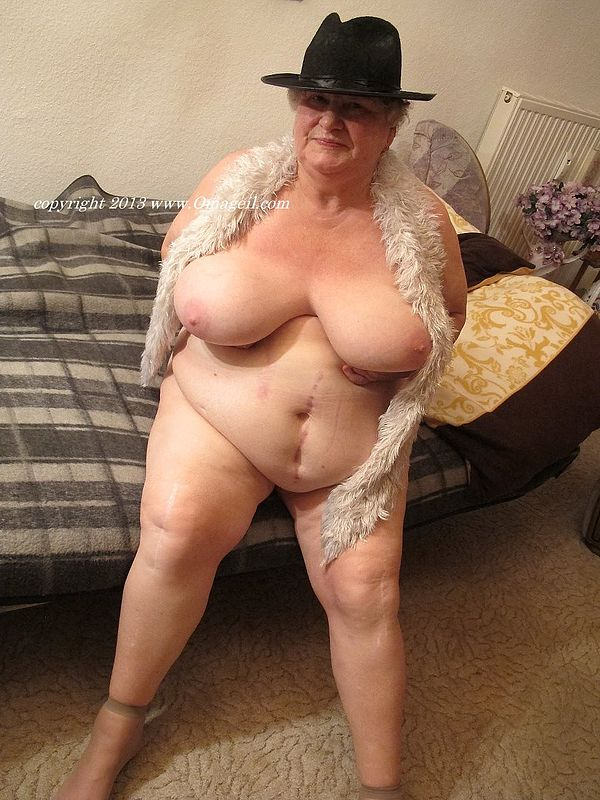 image Very horny chubby bbw addicted to dick and fucking2