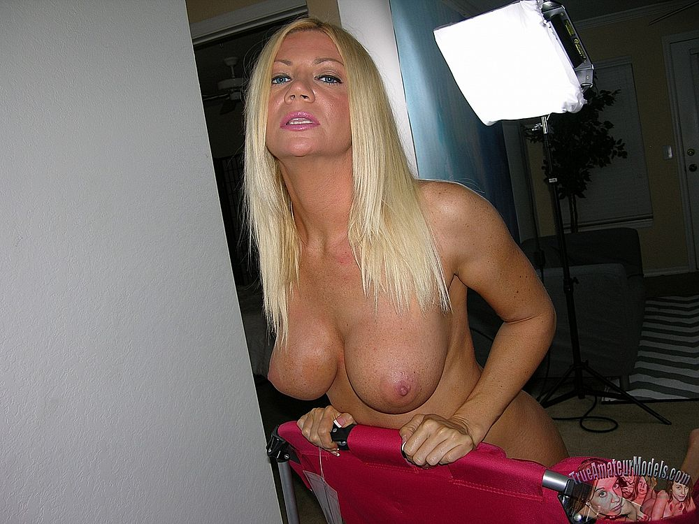 Black mature woman porn pics