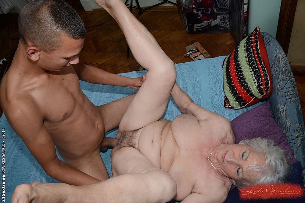 Sweet asian gal enjoys group sex