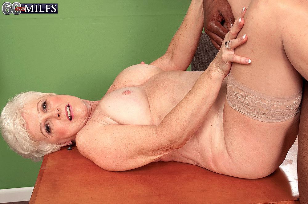 Порно секс фото голих бабушек