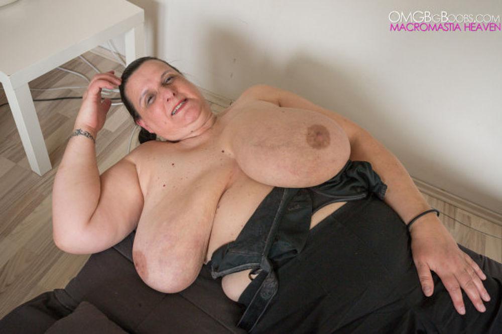 Sexy mature pussy pics