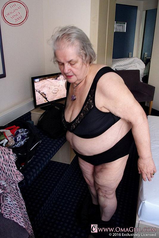 exclusive granny porn maturekingdom com