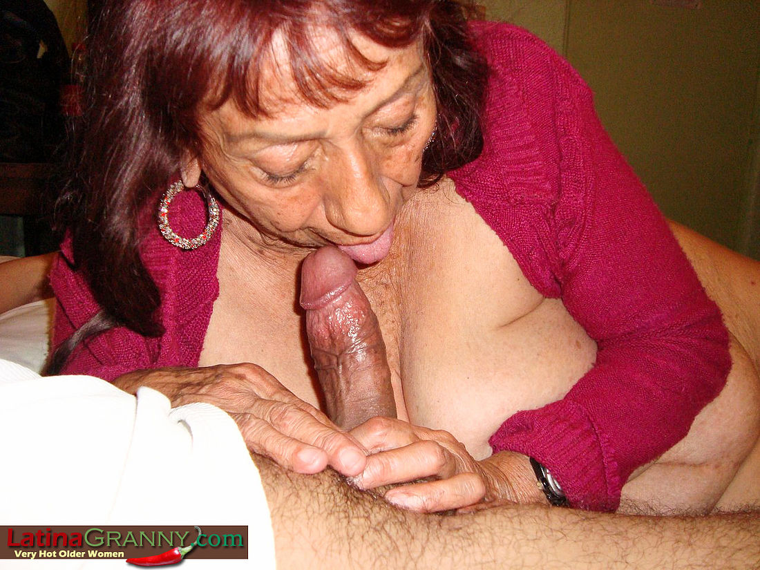 Free Granny Sucks Cock Porn Galery