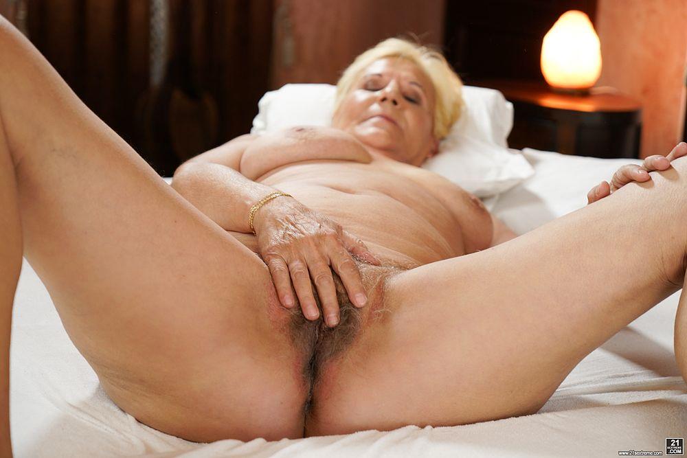 Amateur Grannies Nude Nubile Films 1