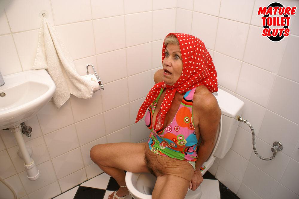Mature Toiletsluts Picture Mature Toiletsluts Picture ...