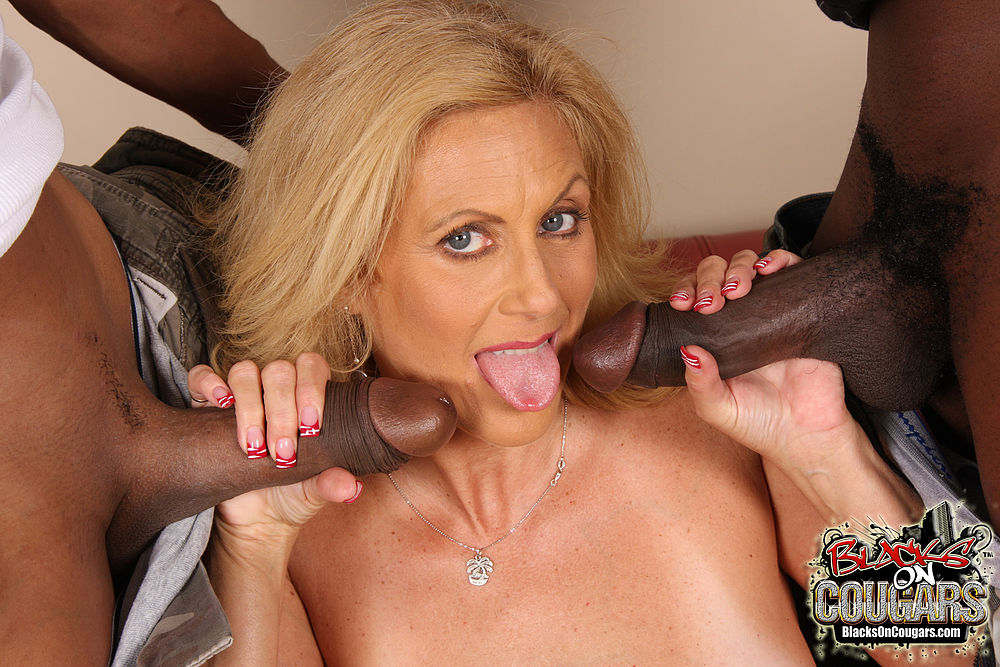 Hot milf alexis fawx spreads her legs for a big black cock and then nicely cums