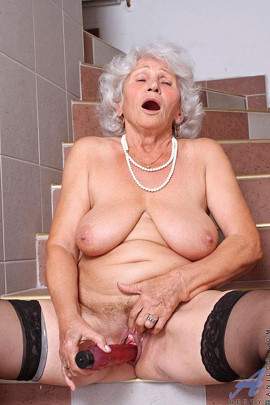Бабули голые фото