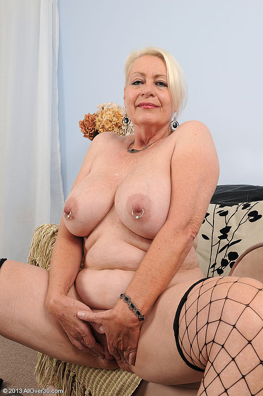Mature Old Women Nude