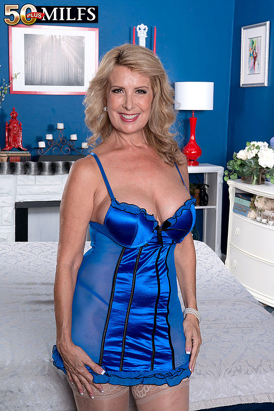 Welcome Sexy Mature 73