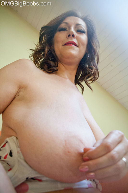 100 free chubby porn